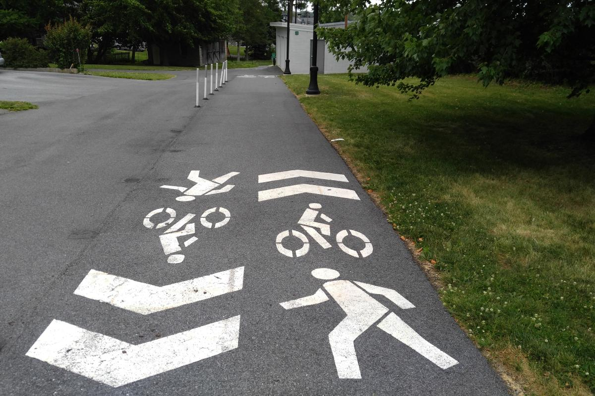 Share the ride markings